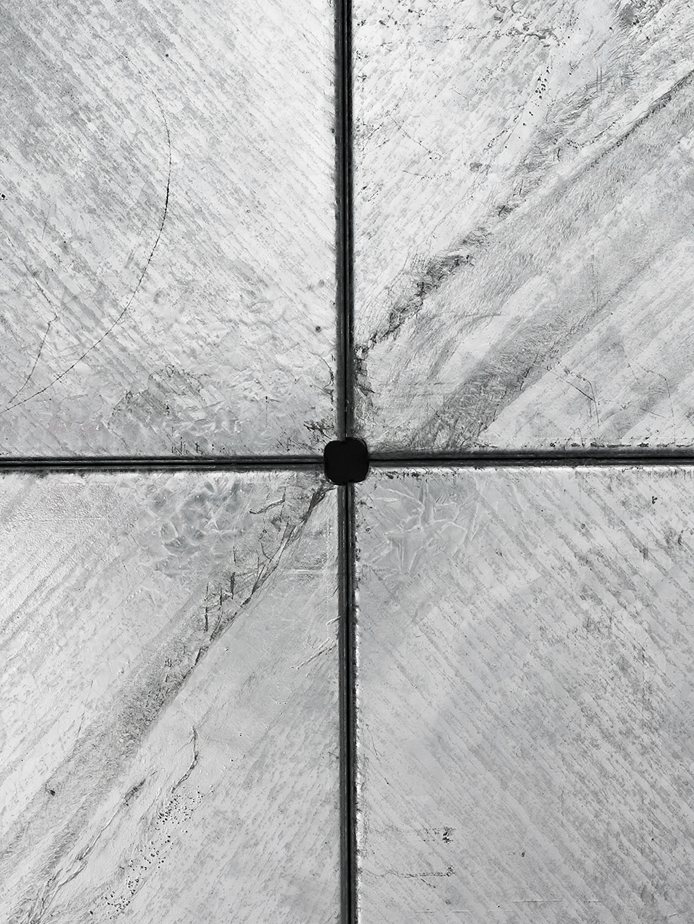 BrooksbankCollins_Carbo Asper_Coffee Table_Galvanised_Detail_3
