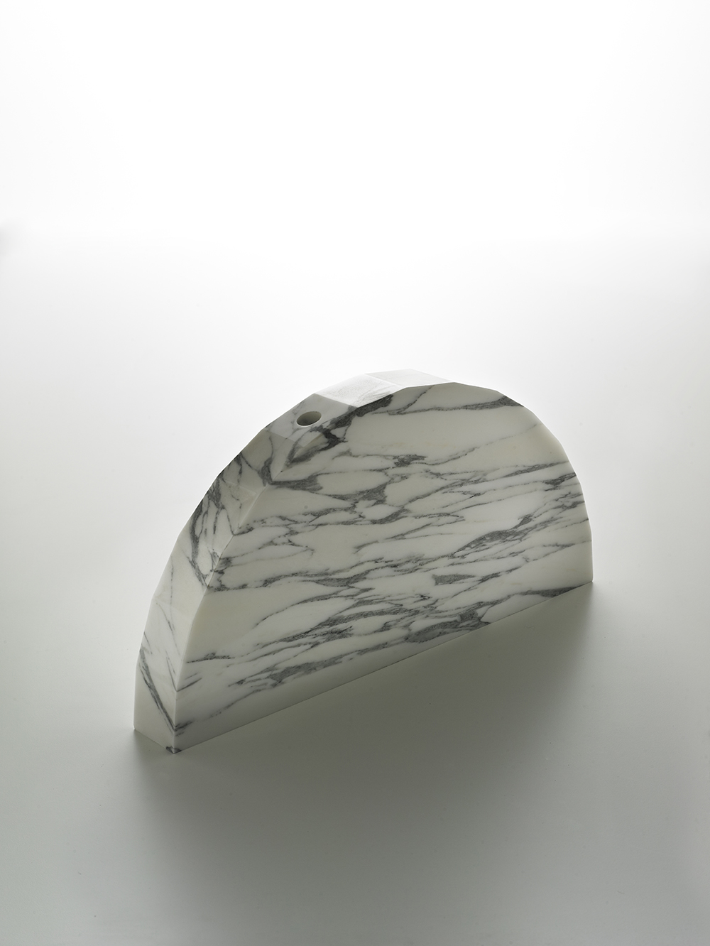 Brooksbank & Collins_Caulis_Arabascatta Marble_1