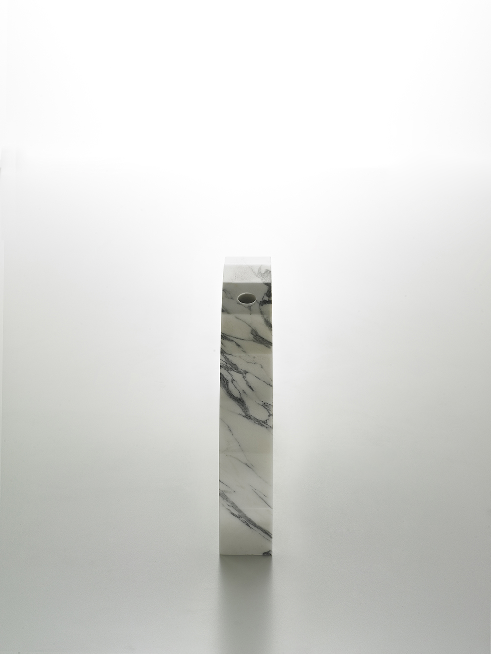 Brooksbank & Collins_Caulis_Arabascatta Marble_5