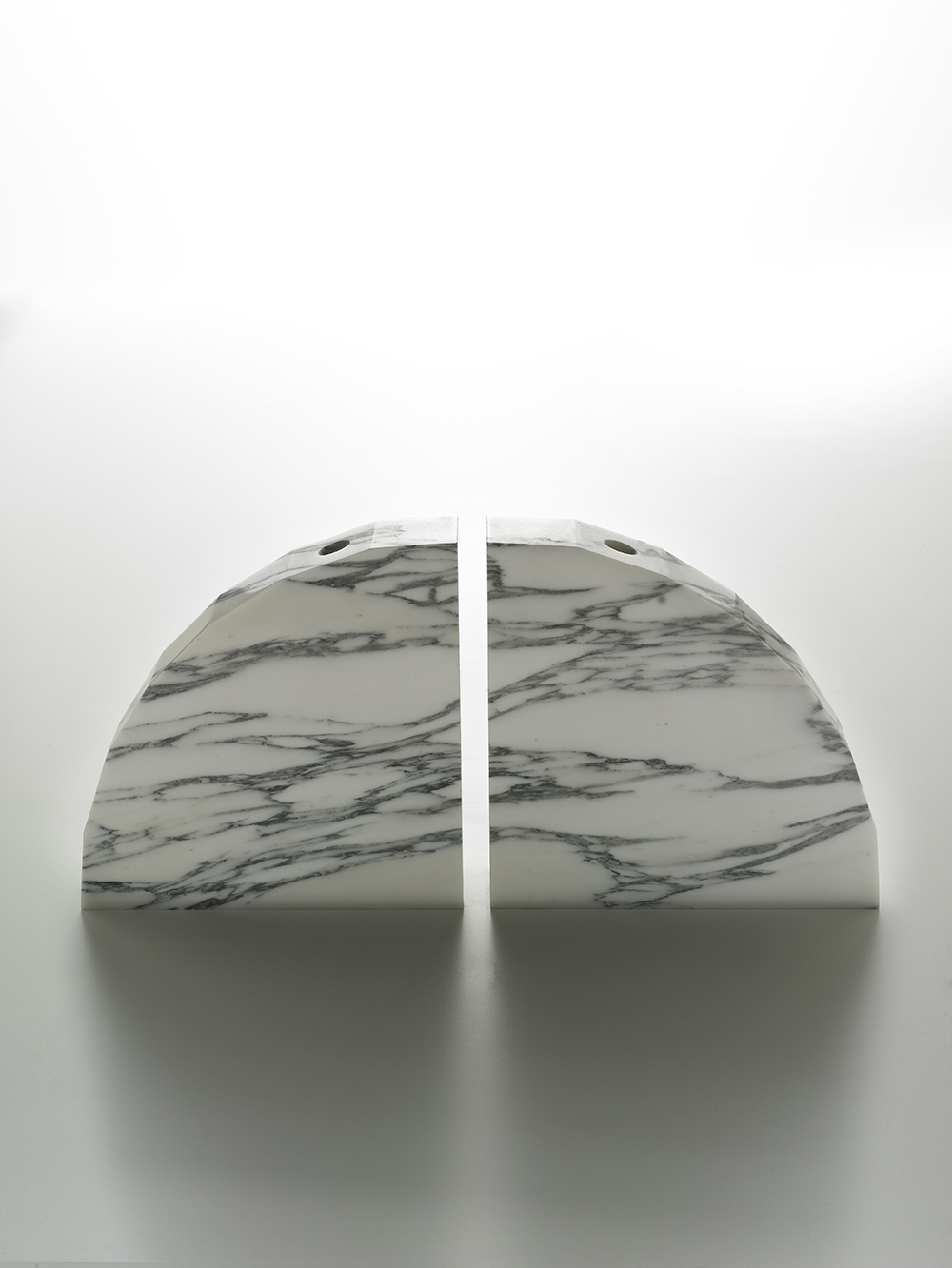 Brooksbank & Collins_Caulis_Arabascatta Marble_9